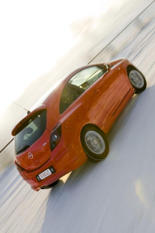 Opel Corsa GSI 9