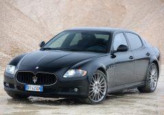 Maserati-Quattroporte_Sport_GT_S_2010_1280x960_wallpaper_03