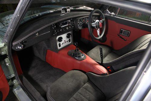 Frontline LE50 interior