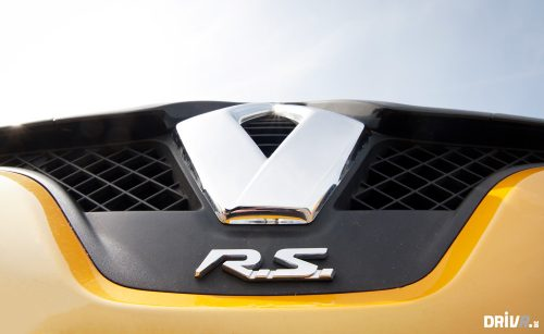 2013-Nissan-Juke-Nismo-vs-Renault-Clio-RS-EDC-08