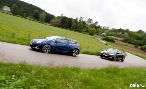 2013_opel_astra_opc_vs_renault_megane_rs_265_cup_07