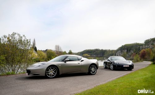 2013_porsche_cayman_vs_lotus_evora_01
