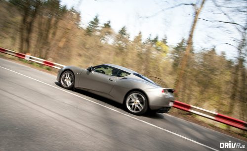 2013_porsche_cayman_vs_lotus_evora_19