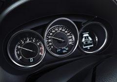 Mazda6_2013_interior_30_2
