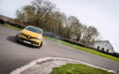 DRIVR_wallpaper_renault_clio_rs_cup_small