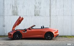 2013_jaguar_f_type_v8_S preview