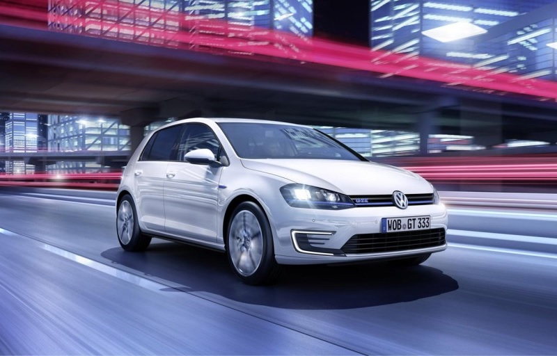2014_vw_golf_gte_03