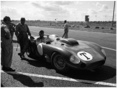1956_maserati_450s_prototype_by_fantuzzi_25