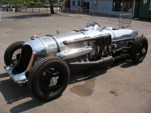 1280px-Napier-Railton_at_Brooklands