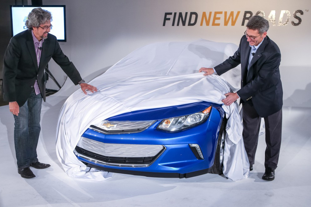 Detroit_Chevy_Volt_01
