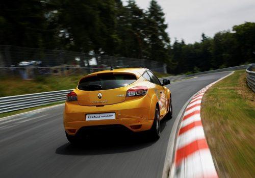 Renault-Megane_RS_275_Trophy_2015_1024x768_wallpaper_13