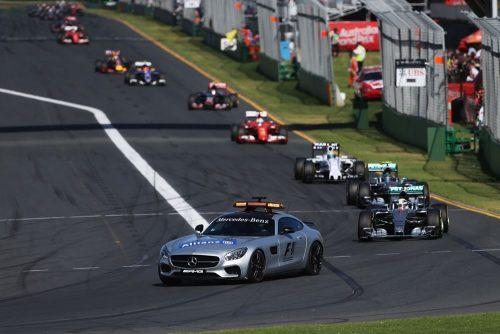Formula One World Championship 2015, Round 1, Australian Grand Prix, Melbourne, Australia, Sunday 15 March 2015 - Lewis Hamilton (GBR) Mercedes AMG F1 W06 leads behind the FIA Safety Car.