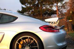 Porsche Cayman GT4 8