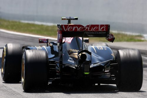 Formula One World Championship 2015, Round 5, Spannish Grand Prix, Barcelona, Spain, Sunday 10 May 2015 - Pastor Maldonado (VEN), Lotus F1 Team having problem with his rear wing