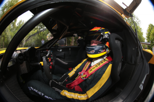 2015_Renault_RS01_06