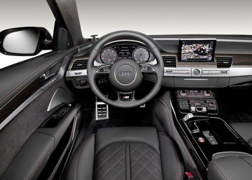 2015_Audi_S8Plus_02