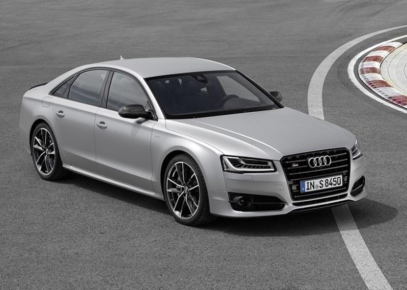 2015_Audi_S8Plus_03
