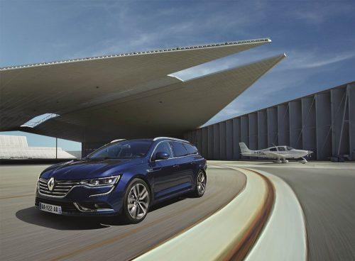 2016_Renault_TalismanEstate_01