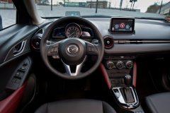 2015_Mazda_CX-3_01