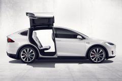 2016_Tesla_ModelX_02