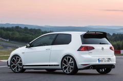 2016_VW_GolfGTIClubsport_02