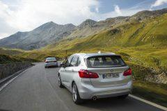 BMW-225xe-004