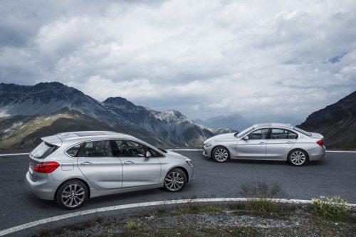 BMW-330e-006