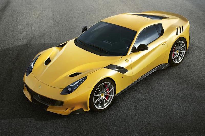 2016_Ferrari_F12tdf_01
