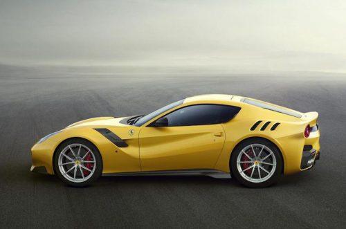 2016_Ferrari_F12tdf_03