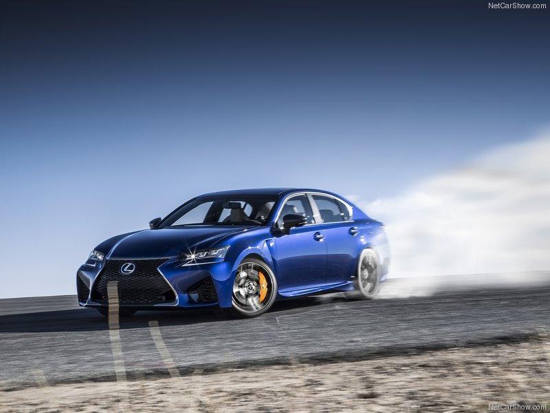 2016_Lexus_GSF_01
