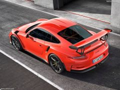 2016_Porsche_GT3RS_02