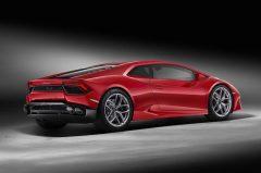2016_Lamborghini_HuracanRWD_03