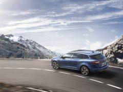 02-Wereldpremiere-nieuwe-Renault-Megane-Estate-op-Autosalon-Geneve