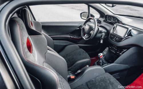 Peugeot 208 GTi vs Fiesta ST
