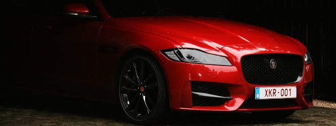 Jaguar_XF_detail_2