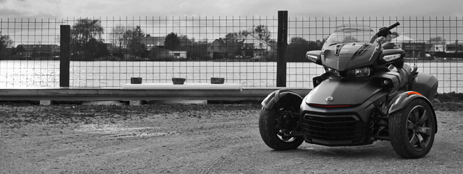 slider can am spyder