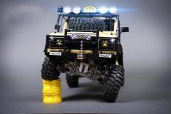 Lego-RC-Land-Rover-Defender-90-5