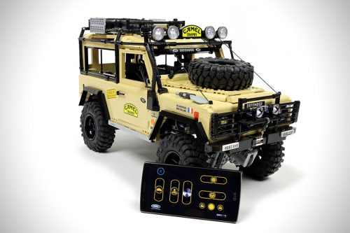 Lego-RC-Land-Rover-Defender-90-8
