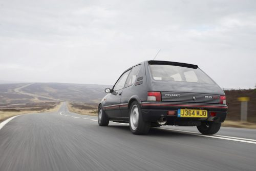 peugeot-205-gti-gets-modern-tuning-conversion-44264_1