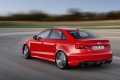 Audi-RS3-sedan-2017-03