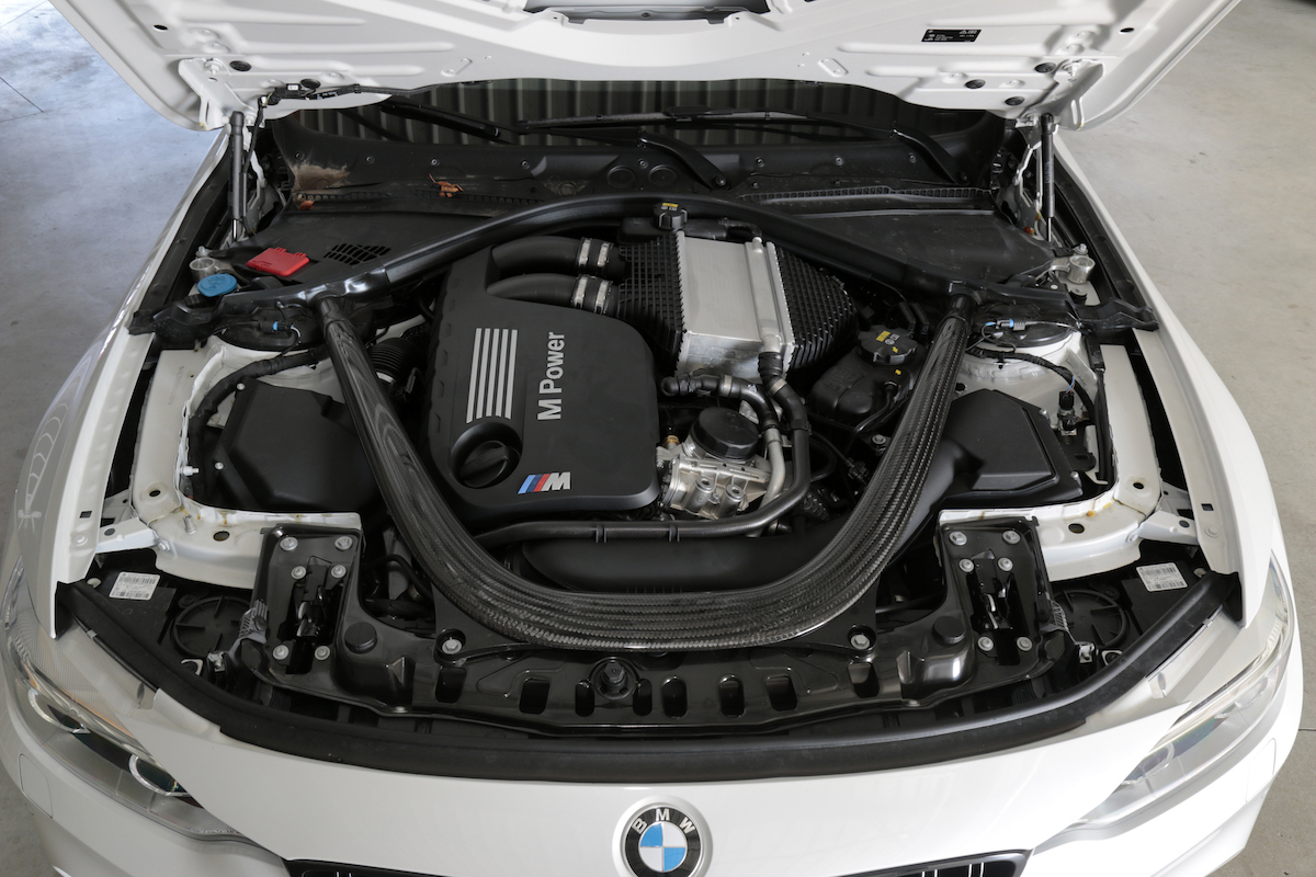 bmw_m4_coupe_competition_package_72