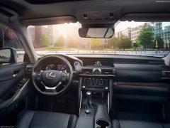 Lexus-IS-2017-1600-61