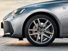 Lexus-IS-2017-1600-86