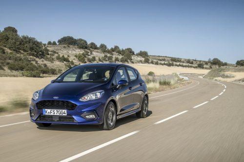 2017_Ford_Fiesta_ST-Line_Deep_Impact_Blue_007