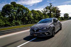 91696_2017_New_Renault_MEGANE_R_S