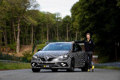91697_2017_New_Renault_MEGANE_R_S