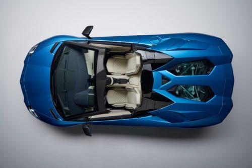 Lamborghini-Aventador-S-Roadster-05