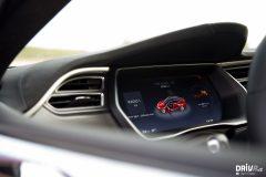 2017_Tesla_100D-12