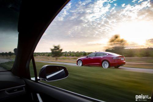 2017_Tesla_100D-18