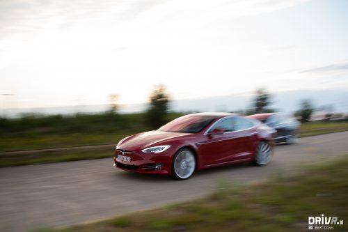 2017_Tesla_100D-25